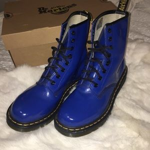 Dr. Martens 1460 Airwair Patent Lamper Boots (9)